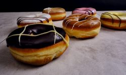 5th Avenue® Icings range with Premium Doughnut Concentrate