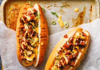 Nacho chilli dog