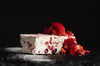 Red berry semi-freddo Mactop® Traditional