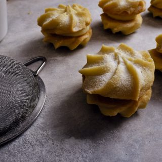 Viennese biscuits with Sweet Snow®