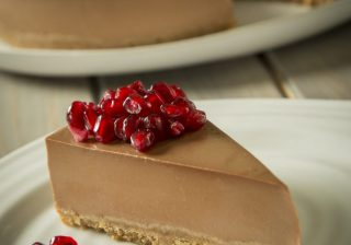 Dark Chocolate and Pomegranate Cheesecake - Panna cotta